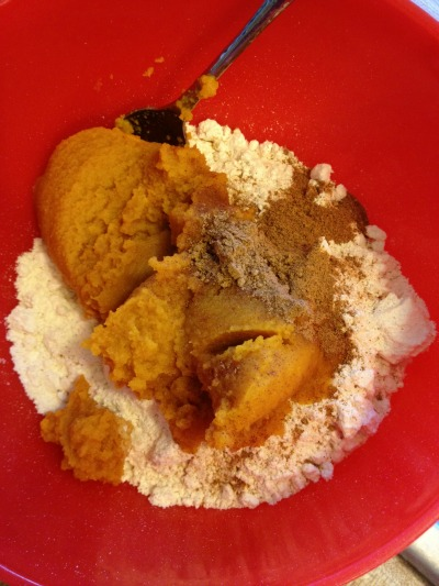 Pumpkin pancake muffins the girl with the smile stir together until well incorporated scoop into muffin ccuart Gallery