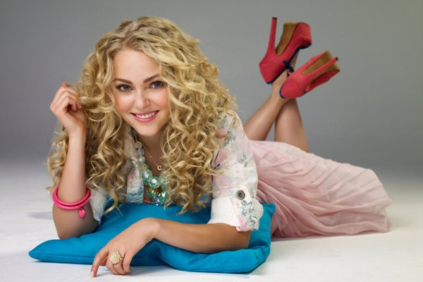 annasophia-robb-initially-rejected-the-carrie-diaries